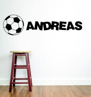 Klistermærke til væggen med navn og fodbold