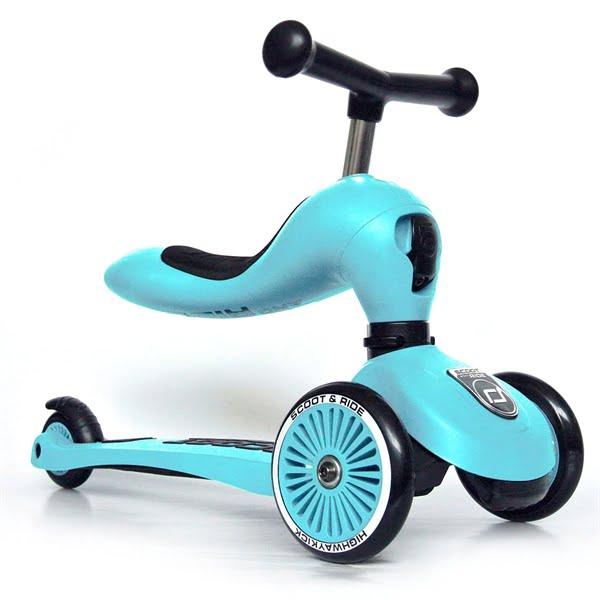 lyseblå løbecykel